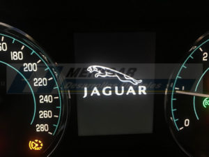 reparación display jaguar xf